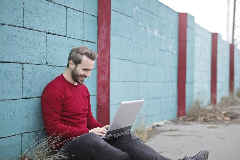 Los mejores MOOCs y cursos online gratis para empezar en marzo de 2021